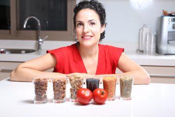 מהי חומצה פיטית שנמצאת בדגנים, אגוזים וקטניות ?